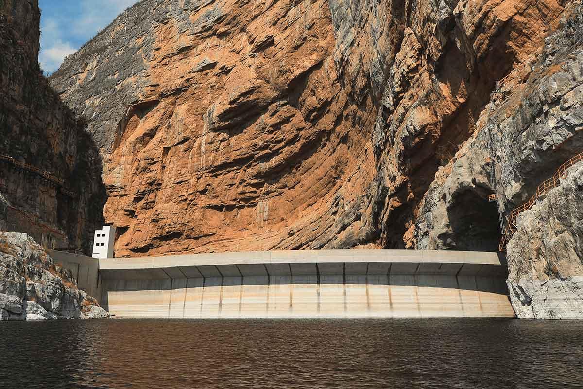 hidroelectica-fernando-hiriart3